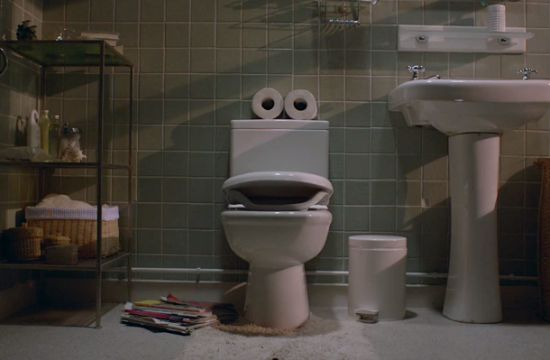 Glue Society's Singing Loo for World Toilet Day
