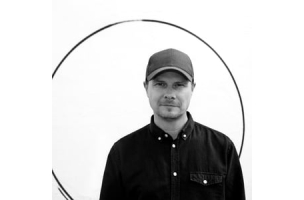 Nicholas Berglund Signs Martin Garde Abildgaard