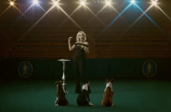 Kristin Chenoweth Gives Canine Singing Lessons in Avocados from Mexico Teaser