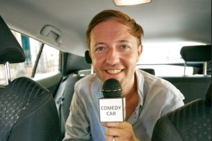 Andrew Maxwell Puts On Hilarious Edinburgh Fringe Gig in the Back of a Car