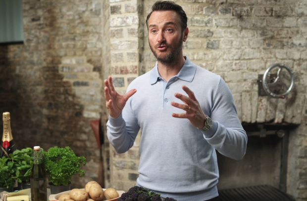 Celebrity Chef Jason Atherton Cooks up a Storm for Moët & Chandon