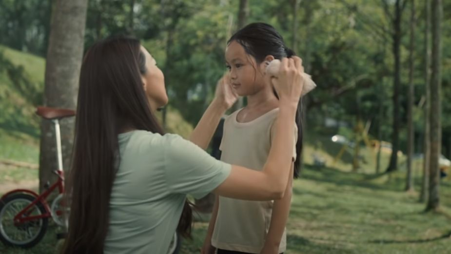 Dental Care Brand Darlie Malaysia Highlights Expectations of Mums in Beautiful Mother's Day Film