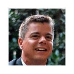 Nick Simons Named Managing Director at Droga5 London