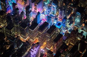 Vincent Laforet Flies 7,500ft Over NYC for These Stunning Snaps