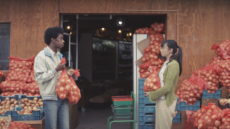 This Samsung Ad Will Bring a Tear to Your Eye, and It's Not Just All the Onions