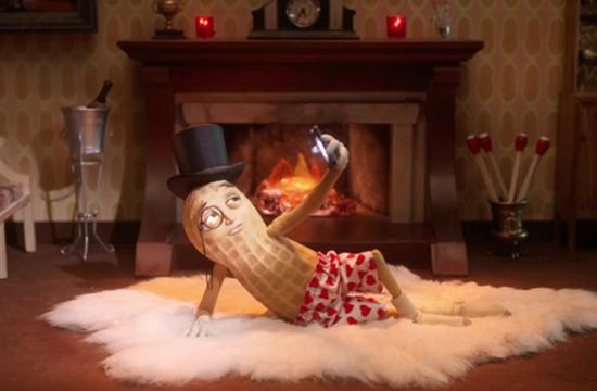 Mr Peanut Declares His Love For Hearts