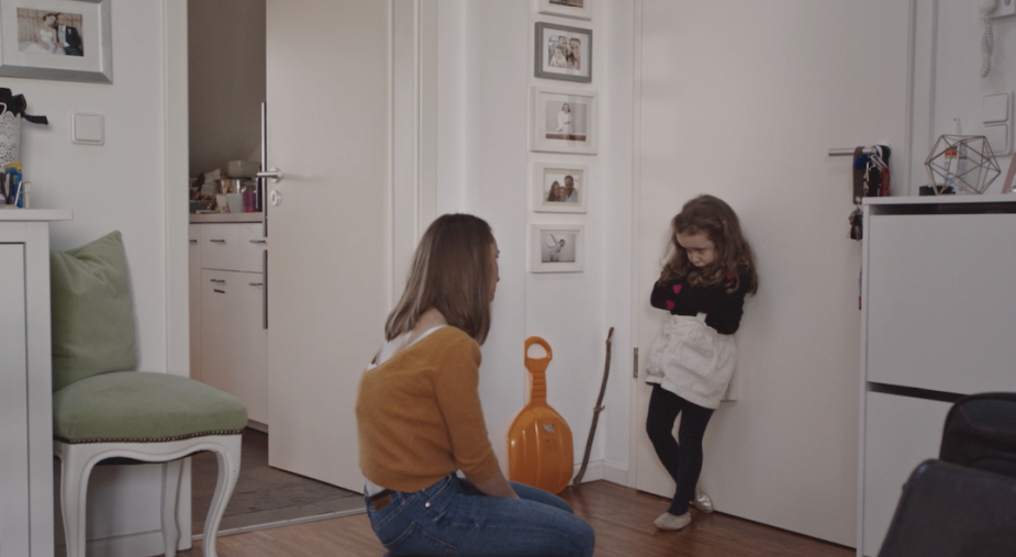 Touching Spot Shows the Challenging Everyday Life of Parents and Children during Lockdown
