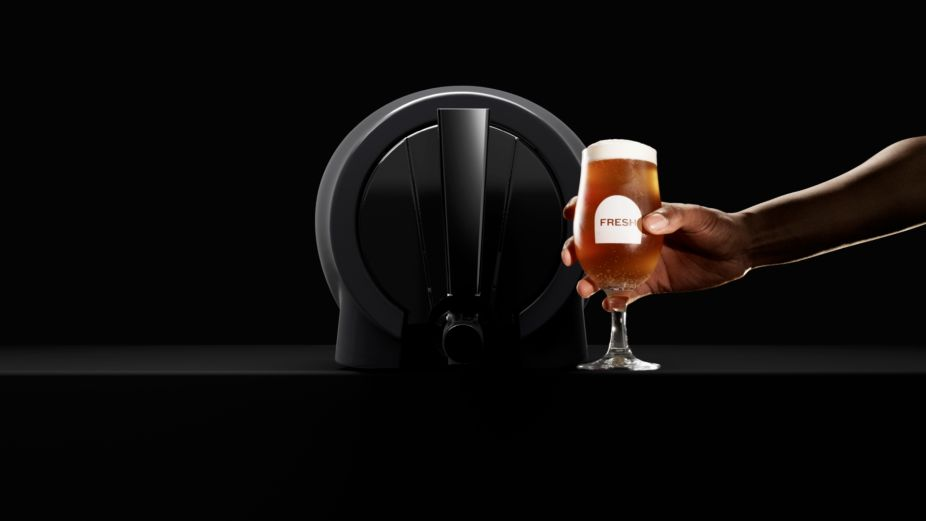 Lobster Gives You a Taste of Pinter, a World-First Innovation that Allows You to Make Fresh Beer from Home