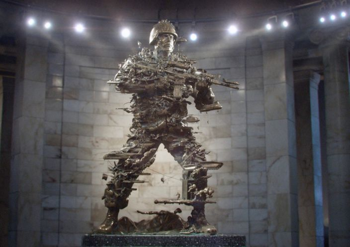 US Marine Corps' Absolutely Epic Diorama Brings the History of War to Life