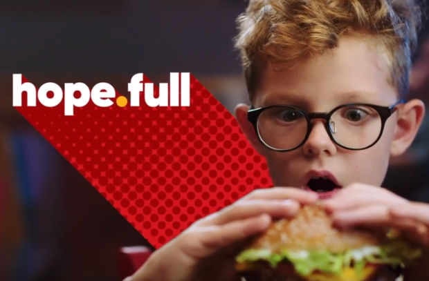 Red Robin Gives You 'All the Fulls' in Campaign Focused on Family Connections