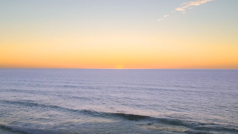 Michelob Ultra Organic Seltzer Invites You to Take a 'Vacation in an Ad'