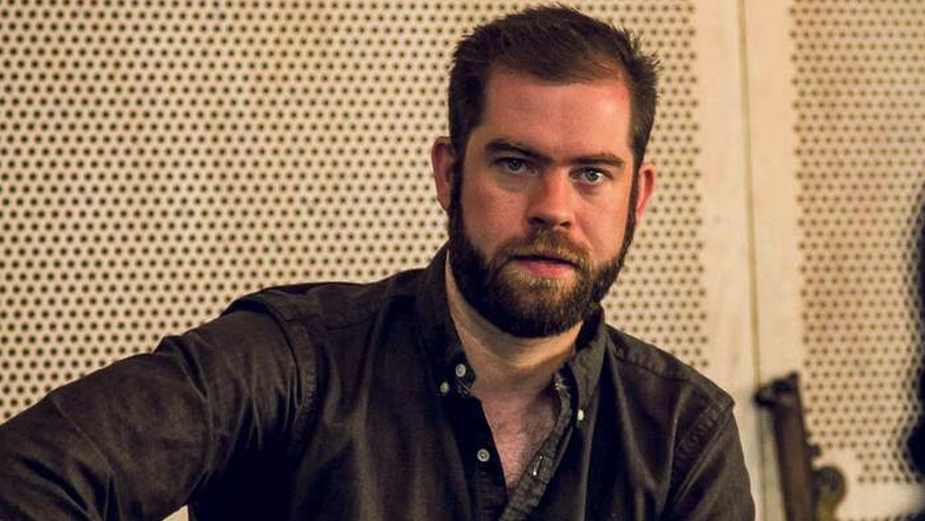 Curate Films Signs Simon Evans