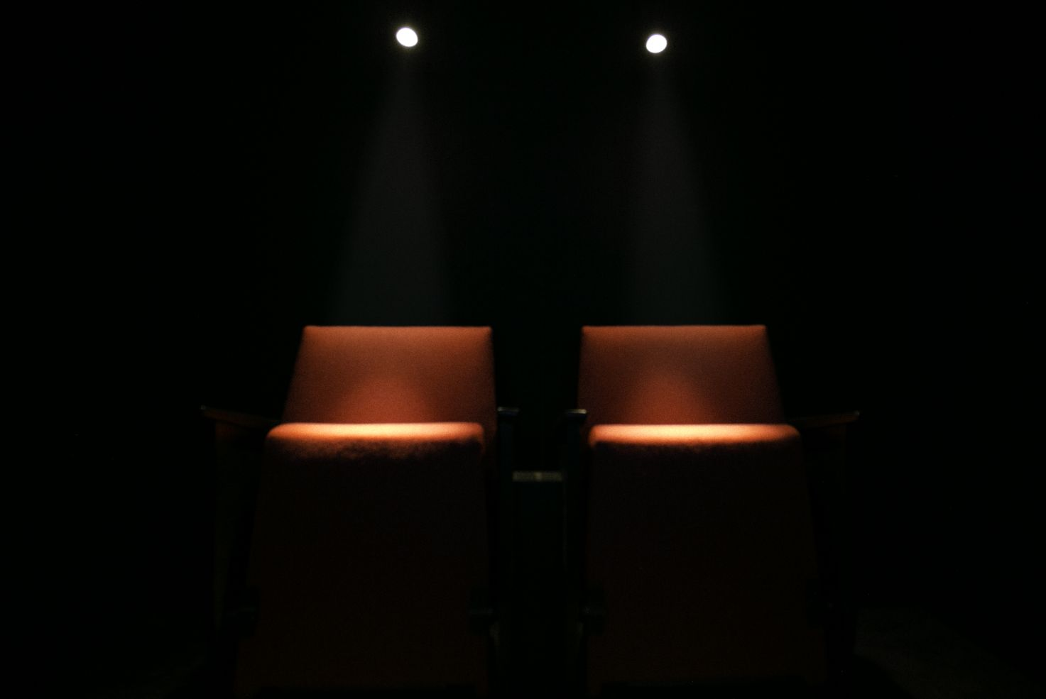 Helsinki Airport Brings Strangers Together to Experience 'Cinema in HEL'