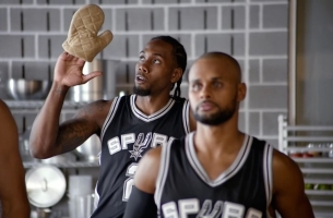 Sugar's Chris Smith Scores with Laughs in the Latest Spurs Campaign for H-E-B