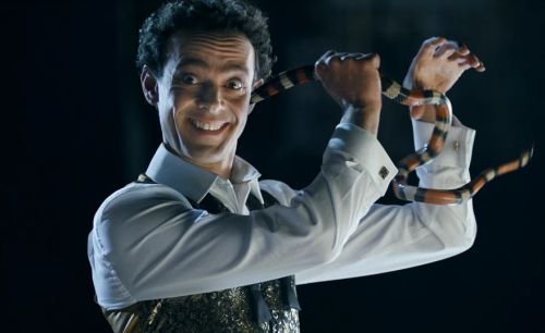 A Stuntman, Magician & Horse Whisperer Vie for Attention in Expedia Spots
