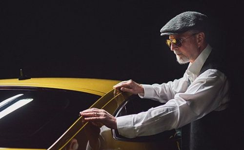 Blind Photographer Finds Beauty in New German Volkswagen Film