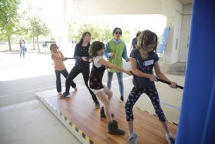 Kids In Mexico & U.S. Unite Through Epic 'Tug of Hope' Installation at SXSW 2017