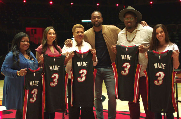 Budweiser Raises a Cold One in Honour of Dwyane Wade