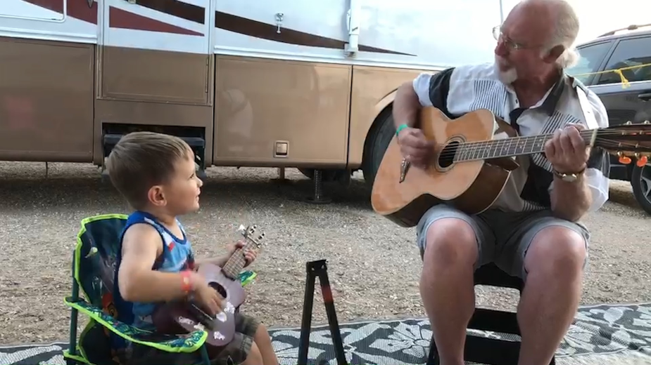 Winnebago Owners Sing Their Way to the Open Road in Wholesome Spot