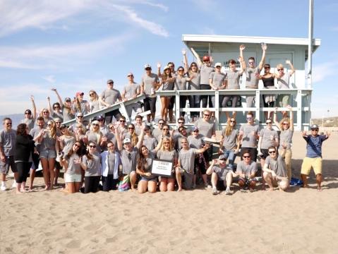 Saatchi & Saatchi LA Shuts Doors for Annual Volunteer Day