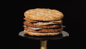 The Moldy Whopper Just Got Competition from a Swedish Crispbread 'Burger' That Doesn't Mold