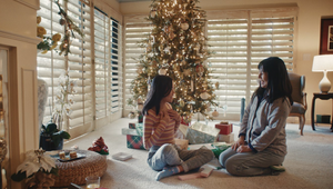 Etsy Brings People Closer Together with Meaningful Gifts in Emotional Christmas Spots