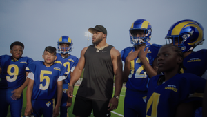 Fans and Players Embrace Team Spirit to Kick off New NFL Season