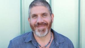 Northern Lights Signs Editor Stephen Berger for East Coast Representation
