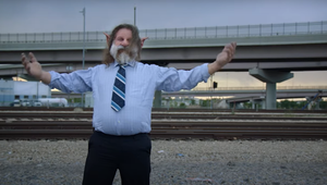 'Karen' and Bridge Troll Relieve Some Tension in Spots for Back-Pain Relief Brand Chirp