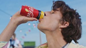 Coca-Cola Refreshes Special Moments in Milan with Vibrant Ad