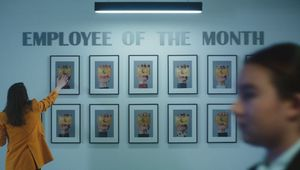 American Express Business Gold Card Wows as Star Employee in Launch Campaign from dentsuMB