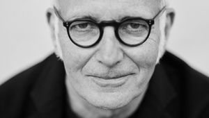 Music Sales Creative Composer Ludovico Einaudi Releases 'Seven Days Walking'