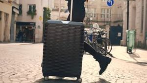 Cheil Hong Kong's Samsonite POLYGON Collection Campaign Stars Kozue Akimoto