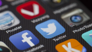 Could Social Media Restore Faith in Our Political Structure?
