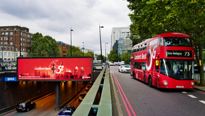 Vodafone Paints London Red to Celebrate Best 5G in London Award