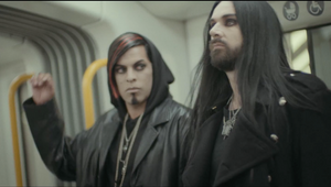 """Goth Life"" Metro"